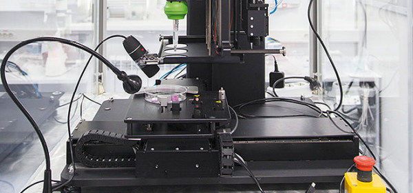 Three-dimensional bioprinter developed by the Russian company, 3D Bioprinting Solution, Source Wikipedia